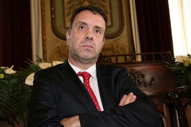 Fernando Curto preside a Federação Nacional de Bombeiros Portugueses