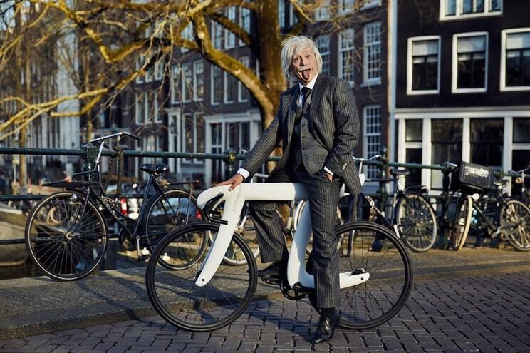 """""""Einstein"""" andou de bicicleta no dia de Pi"""