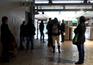 Greve da CP em Lisboa deixa passageiros em terra e sem alternativas