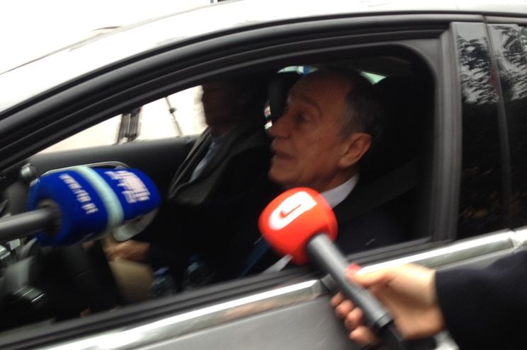 """Primeira decisão de Marcelo: """"Meter gasóleo no carro"""""""