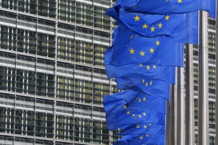 """Bruxelas e Portugal com """"grandes diferenças"""" sobre Orçamento"""
