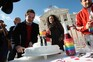 Debate e votacao parlamentar da alteracao da lei do casamento de pessoas do mesmo sexo  homossexual