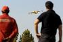 Meios aéreos auxiliam bombeiros no terreno