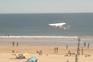 Vídeo mostra descida da avioneta que matou homem e menina