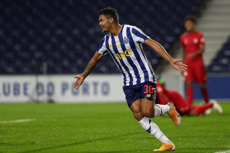 Evanilson festeja o primeiro golo marcado ao serviço do FC Porto