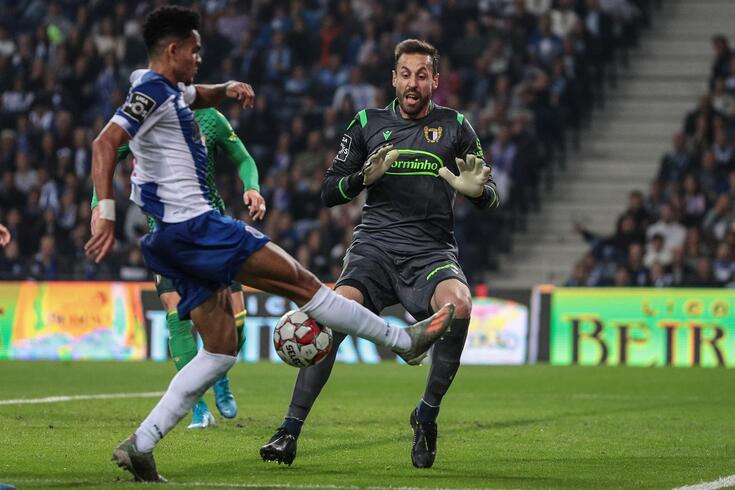 Defendi no FC Porto-Famalicão