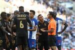 Tapsoba é bem expulso no FC Porto-V. Guimarães?