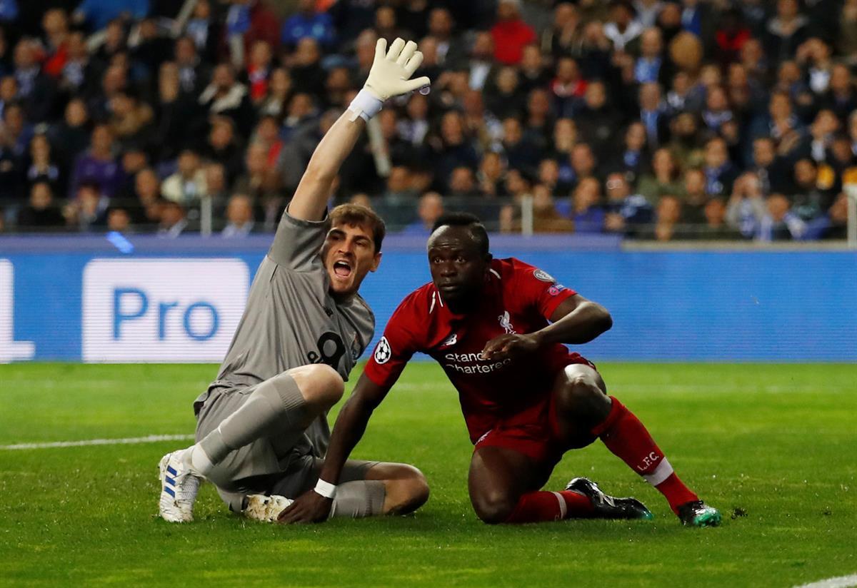 Um a um do FC Porto: Corona surgiu de surpresa e atormentou os ingleses