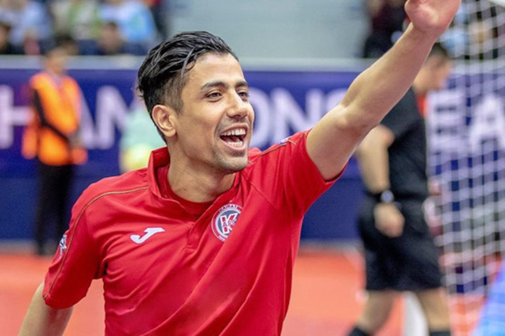 Hossein Tayebi, ex-Kairat Almaty, é reforço do Benfica