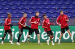 Benfica em França à procura de novo vitória frente ao Lyon