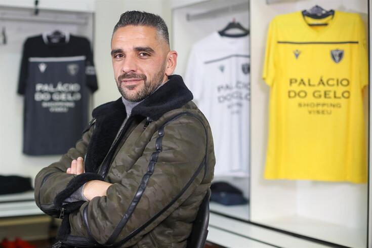 Rui Borges, treinador do Académico de Viseu, vai defrontar o FC Porto