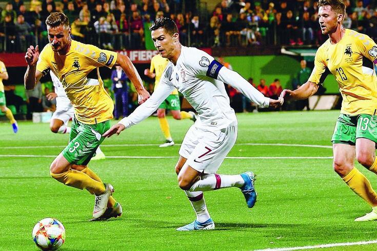 Ronaldo será uma seta apontada à baliza da Lituânia