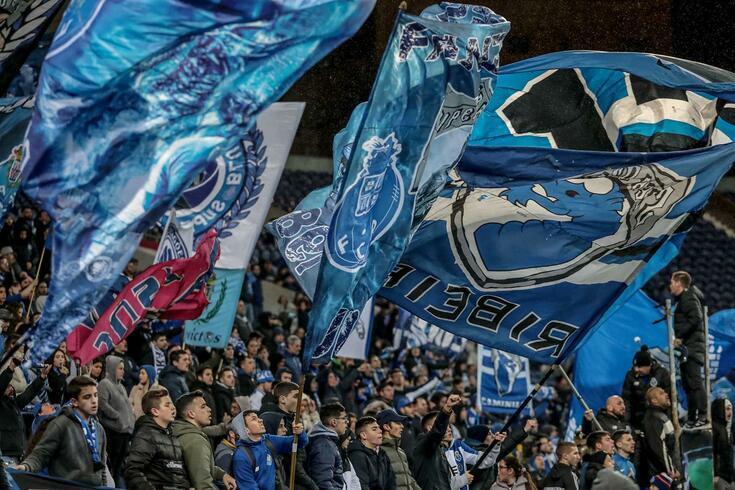 Super Dragões vão a Famalicão para apoiarem o FC Porto fora do estádio