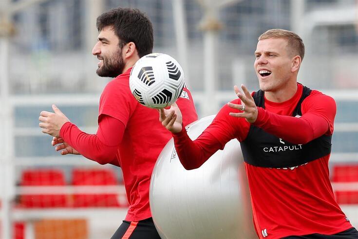 Kokorin voltou a encontrar a felicidade numa bola de futebol