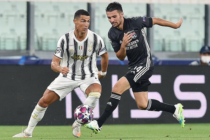 Ronaldo bisou, mas de nada valeu