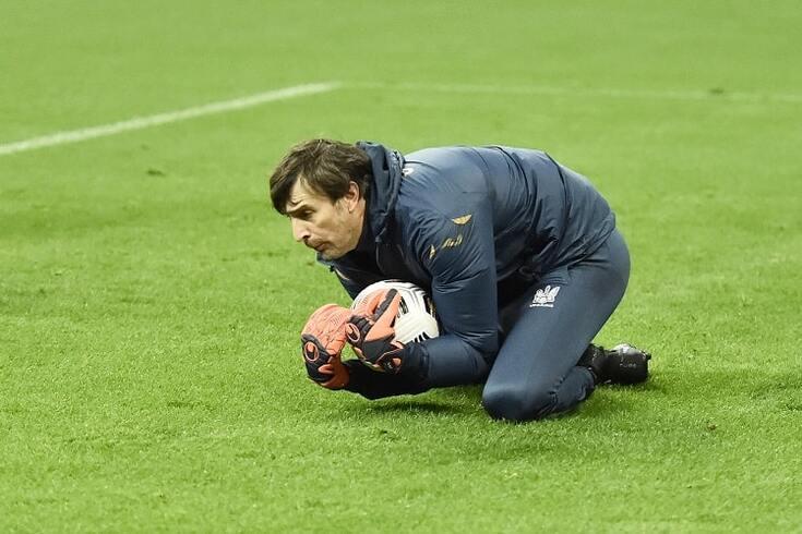 Shovkovskiy foi inscrito como guarda-redes na seleção da Ucrânia