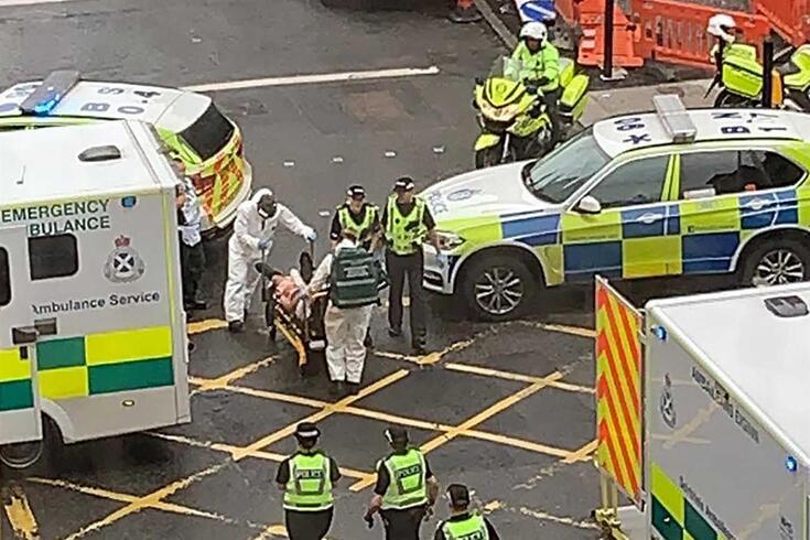 Várias pessoas esfaqueadas no centro de Glasgow