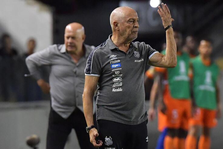 Jesualdo Ferreira chegou ao Santos no início do ano