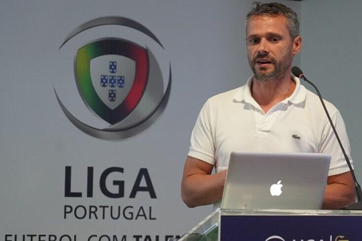 """João Pedro Araújo, uma das """"baixas"""" por covid-19 no Sporting"""