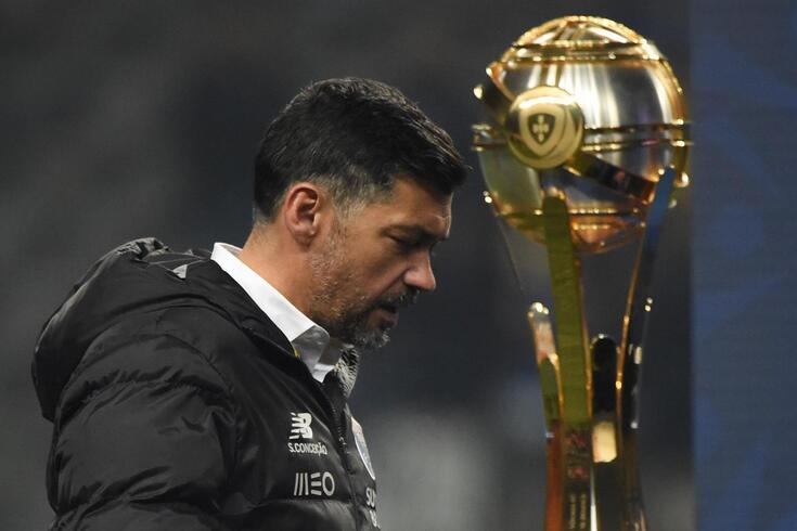 Sérgio Conceição voltou a perder a final da Taça da Liga
