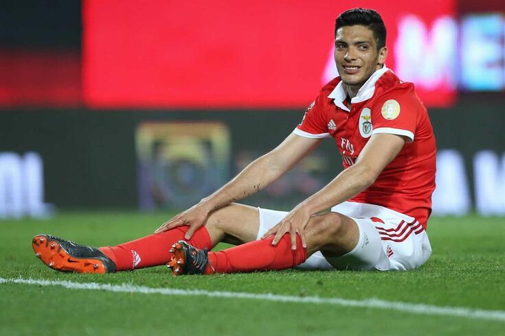 Oficial: Jiménez emprestado ao Wolverhampton