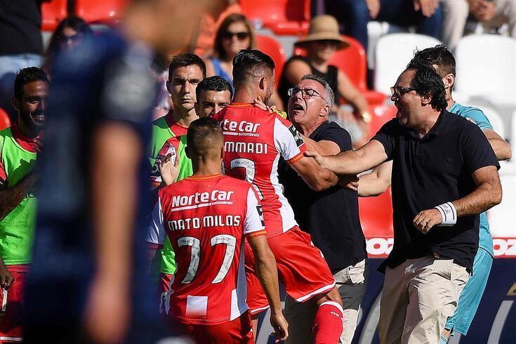 Em Vila das Aves mora a pior defesa do campeonato, com 20 golos sofridos