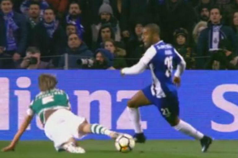 FC Porto aplaude lance de Ricardo com Fábio Coentrão 963bca27549ea