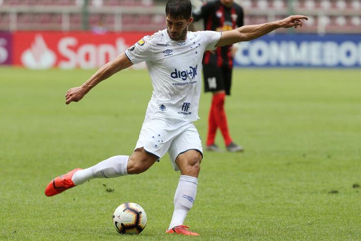 Carreira de Lucas Silva tem desapontado e não deve continuar no Cruzeiro