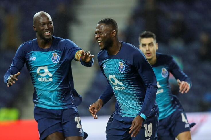 Mbemba abriu a goleada do FC Porto