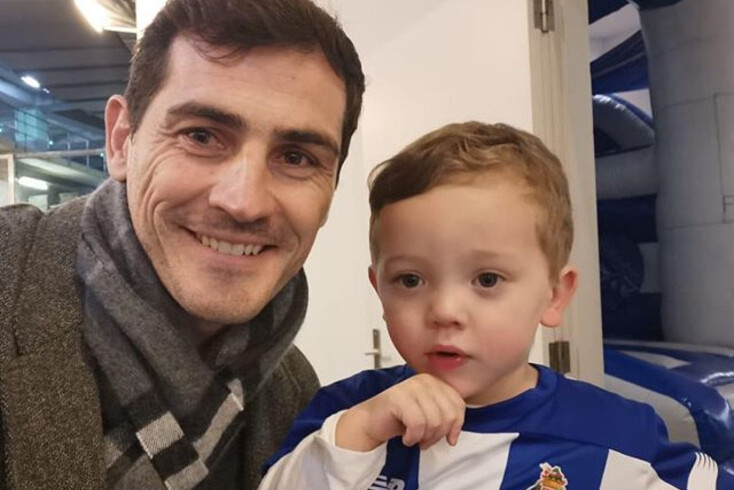 Casillas com Valen, filho de Marchesín