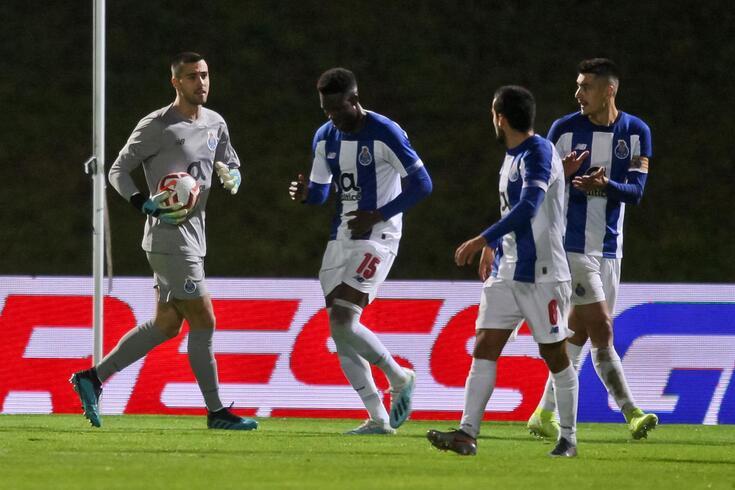Diogo Leite protegeu a baliza de Diogo Costa durante o jogo