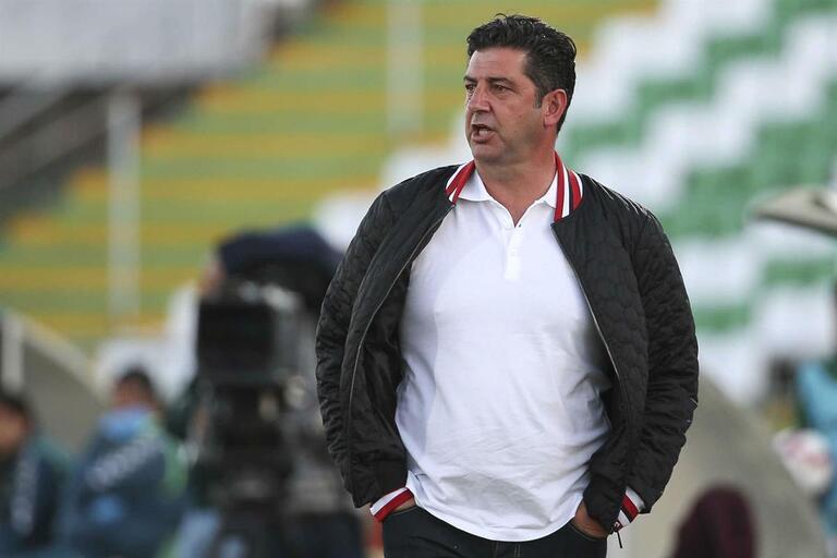 Benfica levou 30 jogadores para Inglaterra  confira os nomes cortados por  Rui Vitória f40cf030dcca6