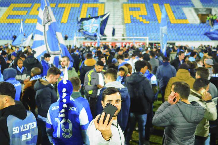 """Ainda o Estoril-FC Porto: Nuno Saraiva fala em """"chico-espertice e manhosice"""""""