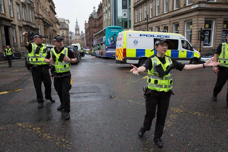 Seis pessoas foram esfaqueadas no centro de Glasgow