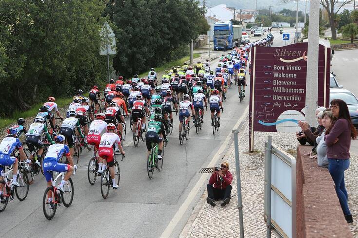 Volta ao Algarve disputa-se entre 19 e 23 de fevereiro
