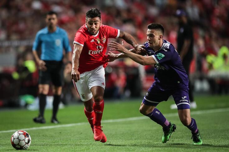 Salvio mostrou vontade de continuar no Benfica