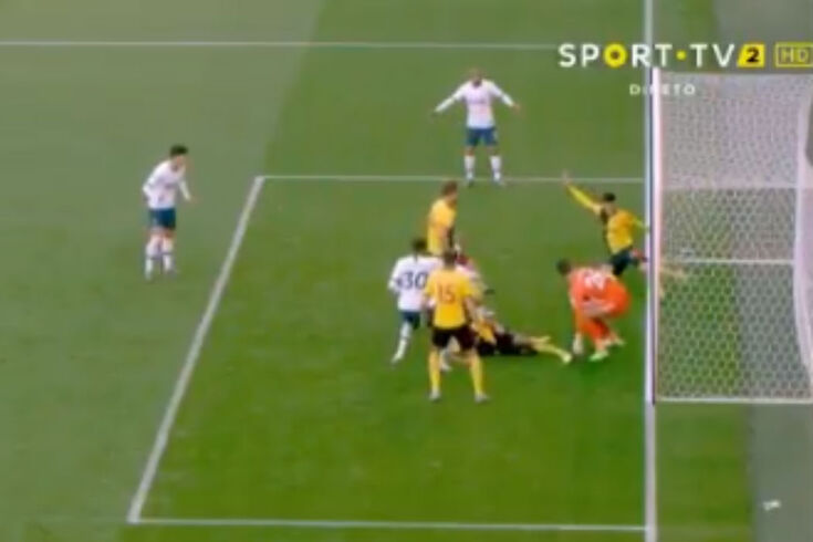 Custa a acreditar, mas é verdade: foi isto que separou o Tottenham da vitória