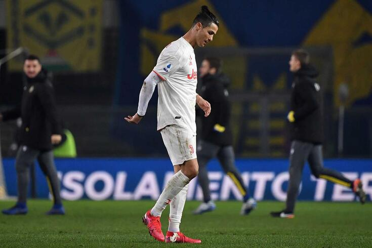 Ronaldo marcou na derrota por 2-1 em casa do Hellas Verona.