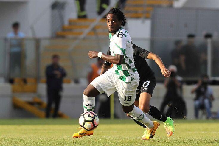 Cauê jogou no Moreirense
