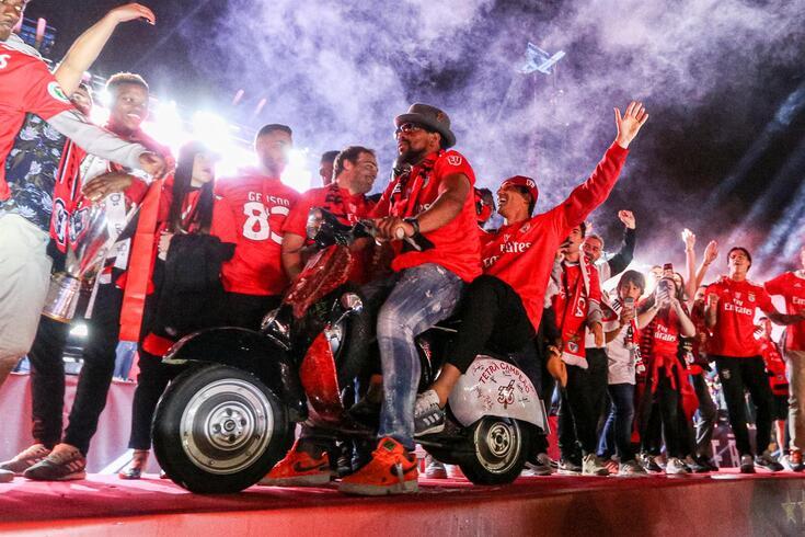 Eliseu foi campeão no Benfica e deu que falar nos festejos
