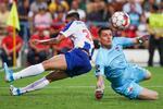Soares em ação com Denis no Gil Vicente-FC Porto.