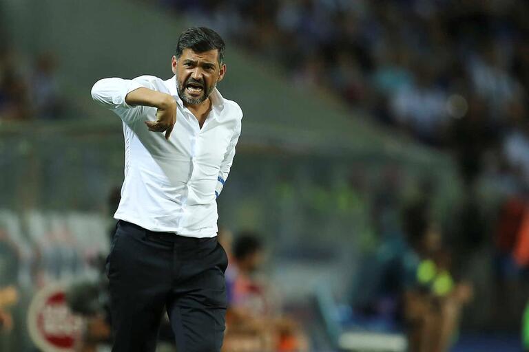 Sérgio Conceição expulso no túnel ao intervalo do FC Porto-Chaves 125cf620a8f3d