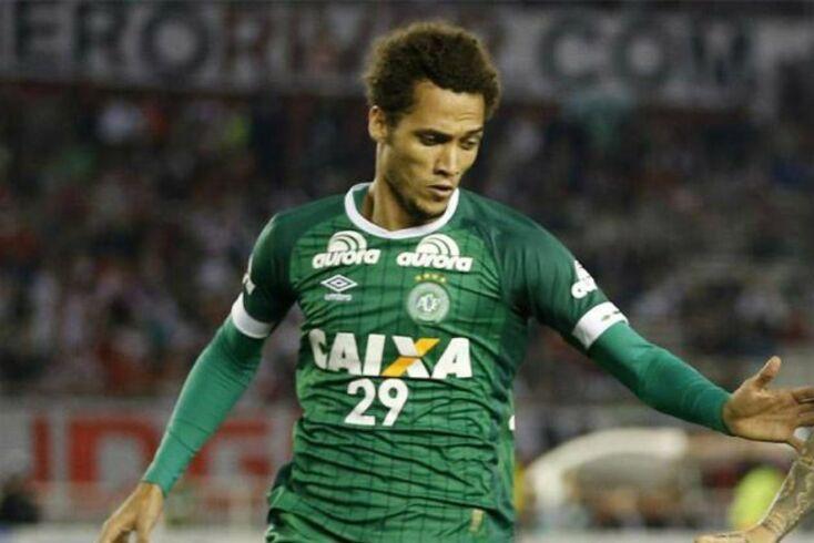 Hélio Neto, um dos sobreviventes do acidente aéreo que vitimou quase toda a equipa do Chapecoense