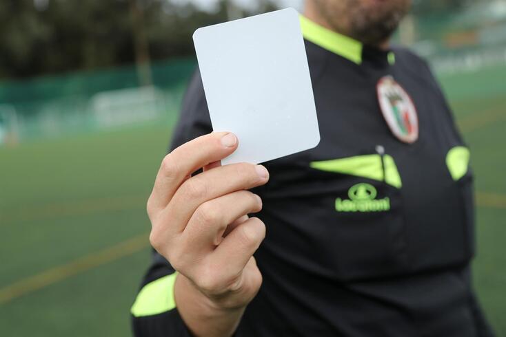 Cartão branco já foi exibido no futebol sénior