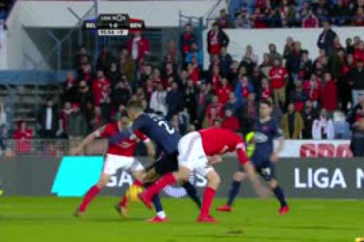 Belenenses-Benfica: o livre direto de Jonas que empata no último momento