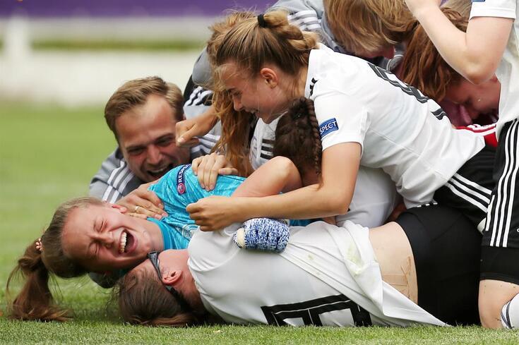 Alemanha bate Holanda nos penáltis e recupera título europeu feminino de sub-17