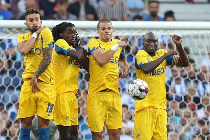 Danilo está em dúvida para o embate do FC Porto frente ao Krasnodar
