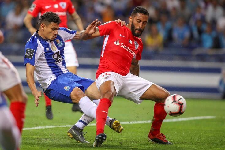 César em ação frente ao FC Porto