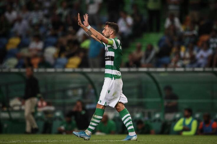 Bruno Fernandes foi considerado o melhor médio do mês de agosto