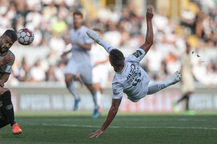 Davidson marcou o melhor golo da I Liga em agosto